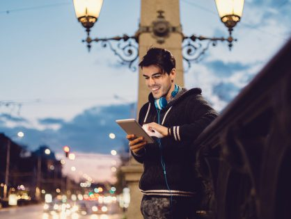 5 Ways To Update Your Dating Profile For The New Year